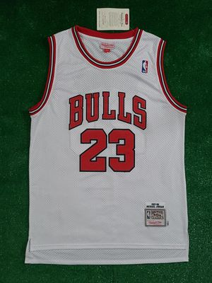 STITCHED CHICAGO BULLS BASKETBALL JERSEY for Sale in Oceanside, CA