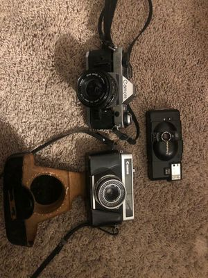 Vintage Canon and Olympus camera ( as is ) for Sale in Fort Walton Beach, FL