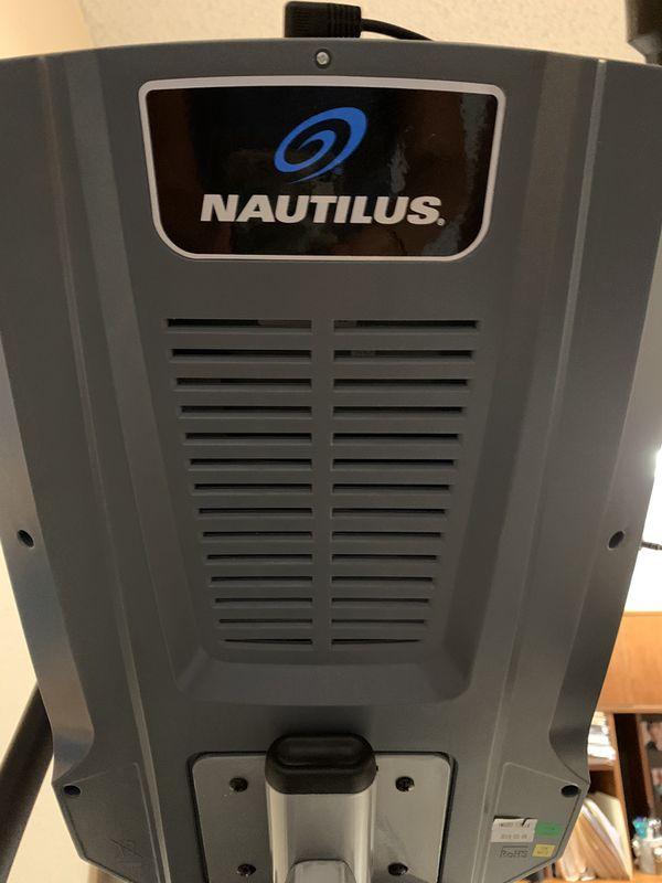Nautilus E614 Elliptical Trainer