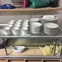 Lady Caroline Set Of Twelve China for Sale in Vancouver,  WA