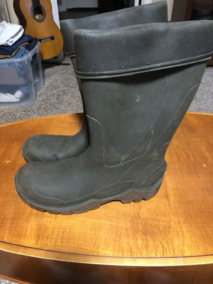 Men's Green waterproof boots size 10 for Sale in Oakwood, GA