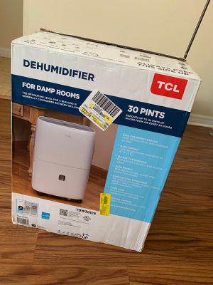 Tcl 30 pint dehumidifier for Sale in Casselberry, FL