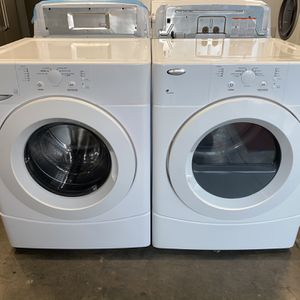 WHIRLPOOL LARGE CAPACITY STACKABLE WASHER DRYER ELECTRIC SET STACKABLE for Sale in Vancouver, WA