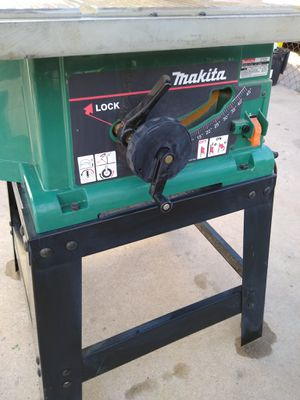 Makita table saw in good shape and in good working order 75th avenue and Indian School please read ad for Sale in Phoenix, AZ