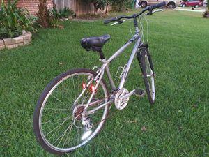 """Hybrid bike Northrock sc7. 27"""" aluminium frame. 21 speed Like new for Sale in Houston, TX"""