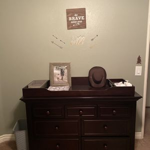 Changing Table (Providence Sorelle Dark Espresso) for Sale in Orange, CA