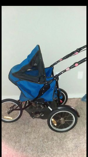 Jogging stroller for Sale in Wheaton, MD