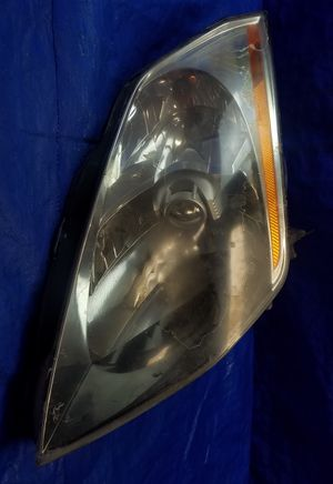 2003-2005 NISSAN 350Z FRONT LEFT DRIVER SIDE XENON HEALDIGHT for Sale in Fort Lauderdale, FL