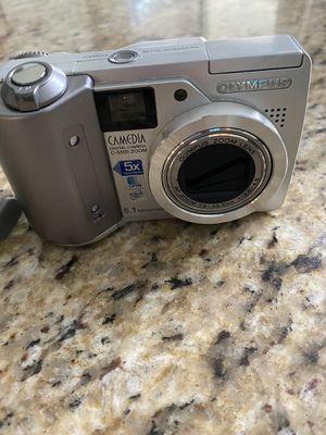Olympus Camedia C-5500 zoom 5.1 megapixel digital camera for Sale in Oviedo, FL
