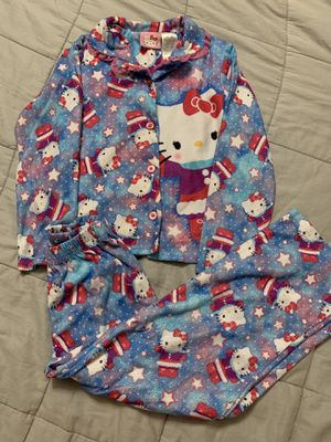 Girls size 6/6x flannel Hello Kitty pjs! for Sale in Hutto, TX