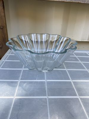 Glass bowl for Sale in Sanger, CA