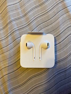 Apple Earbuds. for Sale in Milpitas, CA