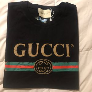 Vintage Gucci Logo T-Shirt for Sale in Oakland, CA