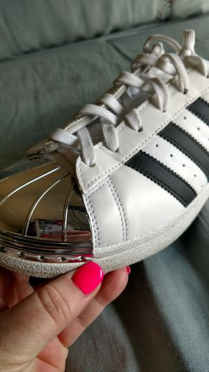 Silver tip Adidas 3 strip Like New men's 7.5 for Sale in Tempe, AZ