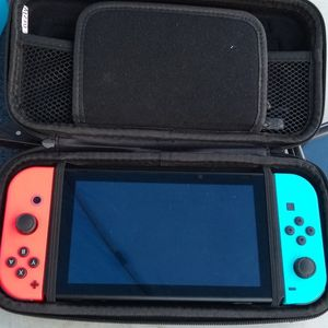 Nintendo Switch With 4 Games for Sale in Salinas, CA