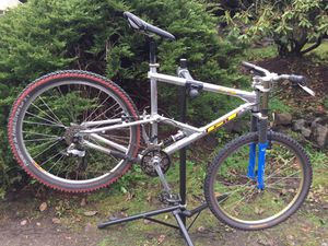 GT RTS-2 Full Suspension Mountain Bike for Sale in Seattle, WA