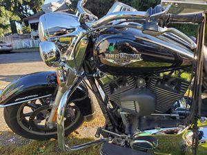 Roadking FLHR Harley Davidson 2014 for Sale in Portland, OR
