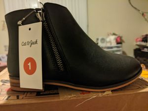 Girl's fashion boots for Sale in Santa Ana, CA