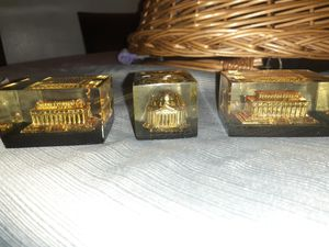 Paperweights of DC monuments for Sale in Sterling, VA