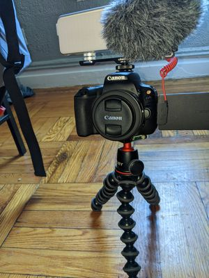 Canon 200D/SL2 for Sale in New York, NY