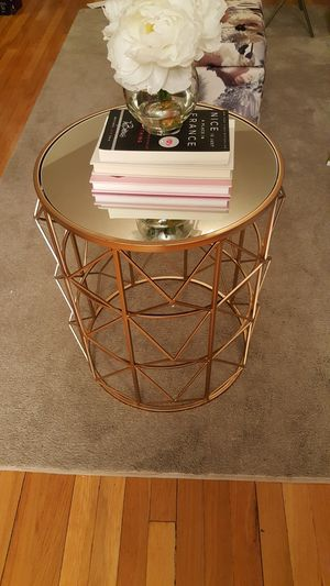 End table sofa table for Sale in Chicago, IL