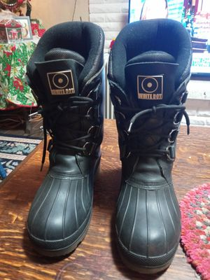 Snowmobile boots, White Dot size 7.5 only 25. Bucks for Sale in Everett, WA