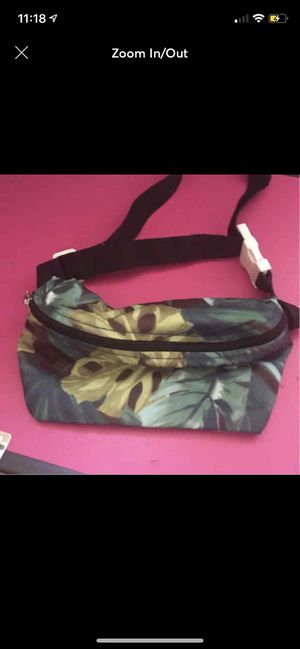 American apparel fanny pack for Sale in Mount Rainier, MD