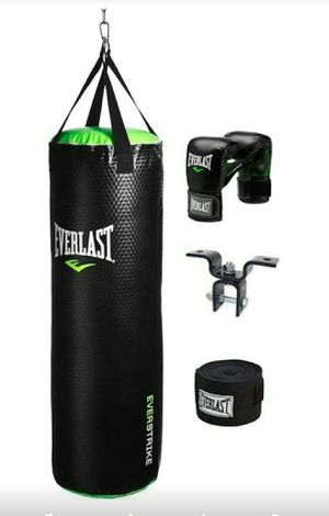Punching bag, boxing gloves, wraps for Sale in Escondido, CA