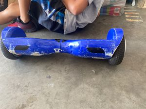 HOVERBOARD with BLUETOOTH SPEAKER for Sale in Clinton, MA