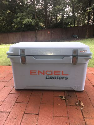 35 qt Engel Deep Blue with stainless hardware for Sale in Port Royal, SC