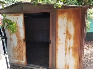 Sheet metal shed complete for Sale in El Monte, CA