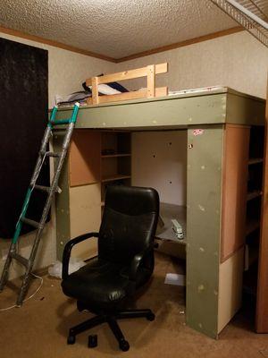 twin Loft bed for Sale in Carrollton, GA
