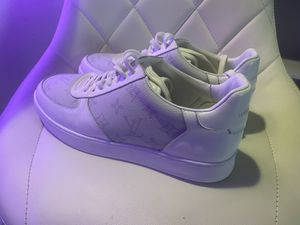 Louis Vuitton's sneakers shoes EUR43 used men's for Sale in Miami, FL