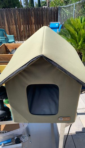 Dog/cat house heated for Sale in Banning, CA