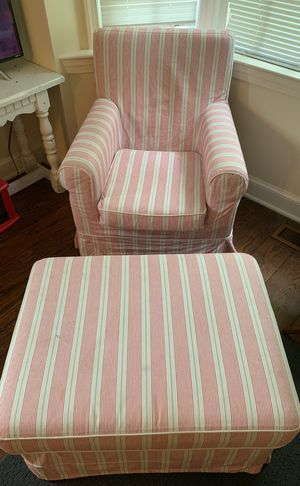 Arm Chair/Ottoman Set for Sale in Middleburg, VA