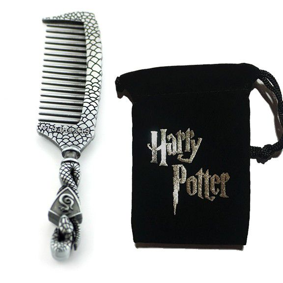Harry Potter Makeup Brushes and Hogwarts Comb