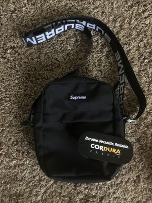 SS18 Supreme Shoulder Bag for Sale in Corona, CA
