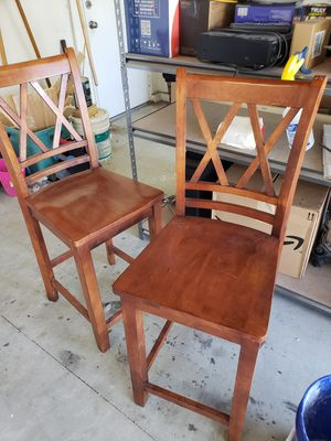 2 wooden counter height bar stools for Sale in Fontana, CA