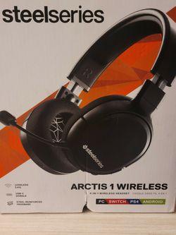 Steel Series Arctis 1 Video Game Headphones for Sale in Upland,  CA