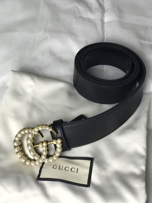 Gucci Leather Belt with Pearl Double G for Sale in Arlington, VA