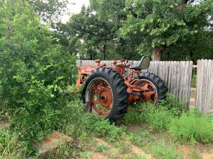 Farmall tractor for Sale in Abilene, TX