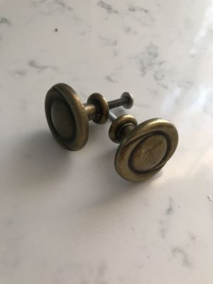 Knobs for kitchen cabinets for Sale in Wheeling, IL