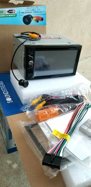 (((I DON'T INSTALL)) NEW SOUNDSTREAM DOUBLE DIN WITH BACK UP CAMERA AND BLUETOOTH for Sale in East Los Angeles, CA