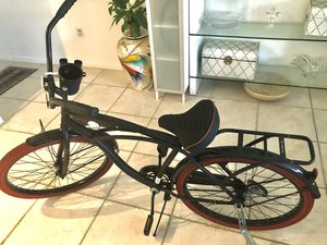 Huffy Women's Southwind Cruiser 21- black/red for Sale in Miami Beach, FL