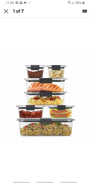 Rubbermaid 14 piece food container with lids for Sale in Las Vegas, NV