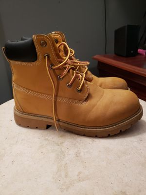 Mens work boots 8 1/2 for Sale in Raleigh, NC
