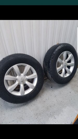 Infiniti rims with great tires for Sale in Miami Gardens, FL