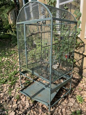 Large bird cage for Sale in Burr Ridge, IL