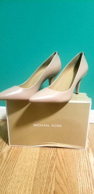 NEW AUTHENTIC MICHAEL KORS HEELS for Sale in Claremont, CA