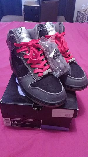 Mf doom nike sb sz 7.5 for Sale in Mount Rainier, MD